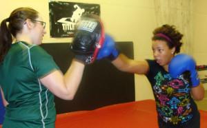 womens-kickboxing-1